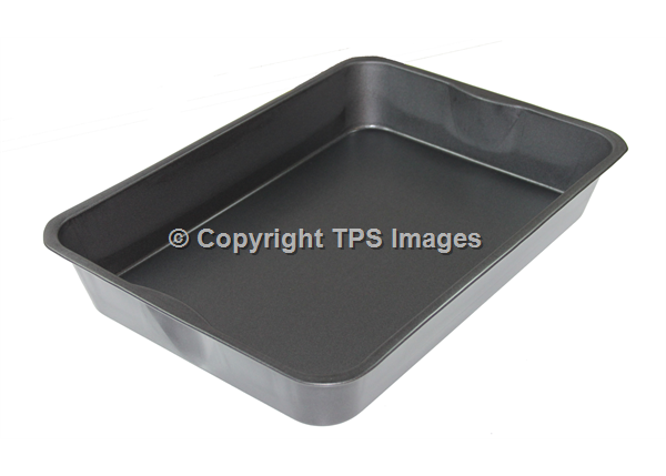 Extra Large Roasting Tin with a Non-Stick Finish
