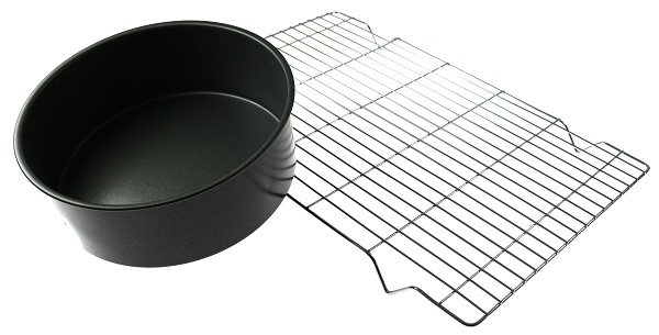 Cake Tin and Cooling Rack
